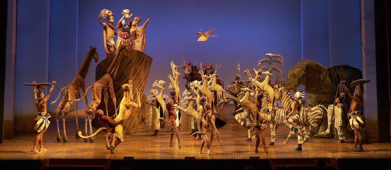 El Ciclo de la Vida en el musical El Rey León en Broadway, Nueva York
