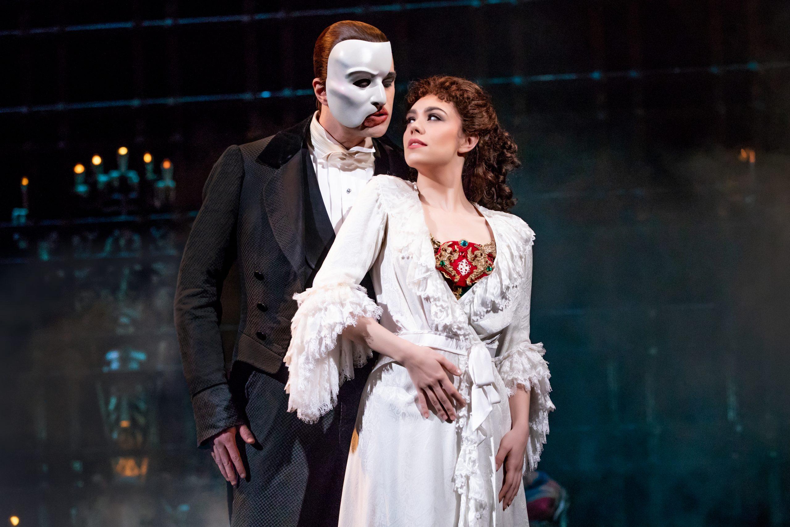 Escena del musical The Phantom of the Opera (El Fantasma de la Ópera) en Broadway, Nueva York